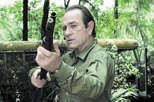 """Tommy Lee Jones jagt als Dave Robicheaux in und um New Orleans einen Mörder und seine eigenen Dämonen: """"In The Electric Mist"""" von Bertrand Tavernier"""