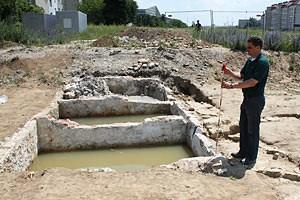 Anders wäre die rasche Arbeit der Stadtarchäologen - sie haben meist nur einige Wochen für eine Grabung Zeit - gar nicht mehr möglich