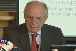 """IHS-Chef Bernhard Felderer will daran arbeiten, dass Frauen ihre Kinder """"nicht wegschmeißen""""."""