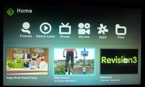 Der Home-Screen der Boxee Box, neben einigen Menüpunkten werden hier auch einige Empfehlungen gegeben.