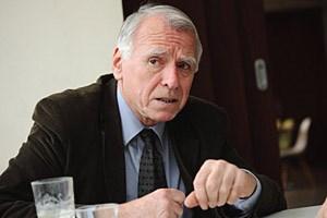 "Der ehemalige OGH-Präsident Johann Rzeszut glaubt, dass Soko-Chef Franz Kröll vor dem Suizid ""schwere innere Kämpfe austrug""."