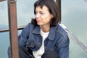 Johanna Riegler lebt und arbeitet als Kultur- und Sozialanthropologin in Wien. In ihrer Forschungsarbeit geht sie den Begriffen Kultur, Identität und Globalisierung theoretisch nach. Sie hat an zahlreichen Forschungsprojekten unter anderem am IFF, ZSI und an der Akademie der Wissenschaften mitgearbeitet.