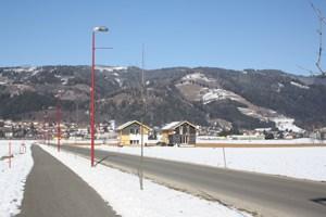 """In unmittelbarer Nachbarschaft zur Therme entsteht der """"Thermenpark Murtal"""". Bis zu 70 Ferienhäuser und kleine Eigenheime sollen auf dem 4,5 Hektar großen Areal entstehen."""