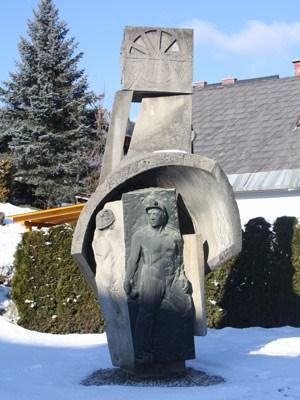 Fohnsdorf gedenkt seiner Bergarbeitertradition. Das Bergwerk wurde Ende der 1970er geschlossen.