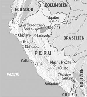 Anreise & UnterkunftLage: Iquitos liegt im Nordosten Perus und ist nur per Flugzeug oder Boot erreichbar. Von dort geht es mit kleinen Taxibooten ins Pacaya-Samiria-Nationalreservat. Für Freunde des Luxus lässt sich das Reservat auf einer Kreuzfahrt entdecken. Besonders mondän und elegant geht es auf den Schiffen von Delfin Amazon Cruises zu.Allgemeine Informationen: www.peru.infoAnreise: Nach Iquitos ab Wien mit Iberia, mit Lan Peru via Madrid und Lima oder mit KLM und Lan Peru via Amsterdam und Lima.