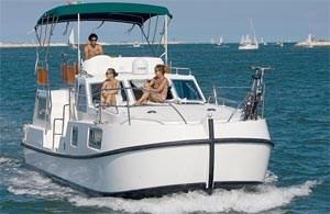 Le Boat bietet die größte Auswahl an Booten und Revieren in Europa. Basen in Italien rund um Venedig: Casier, Porto Levante. Der Brentakanal ist mit dem Hausboot von der Lagune bis Padua befahrbarInfos und Buchung auch bei Terramarin Hausboot & Reisen GmbH. Kollerbergweg 19, A-3100 St. Pölten,Tel.: +43/ (0)2742/717 77, Fax: +43/(0)2742/ 717 77-77, E-Mail office@terramarin.com.Allgemeine Informationen über Italien und die Region unter: Italienische Zentrale für Tourismus, A-1010 Wien, Kärntner Ring 4, delegation wien@enit.at