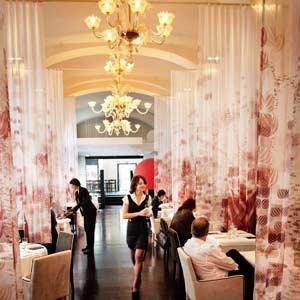 Ein Restaurant wie eine Bühne: