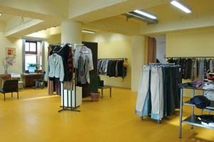 Die meiste Kleidung wird gespendet ...
