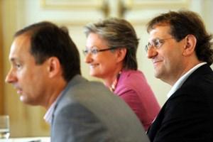 Stadtrat Andreas Mailath-Pokorny, Ministerin Claudia Schmied und ihr neuer MQ-Chef. Christian Strasser wird am 1. Oktober die Geschäftsführung übernehmen.