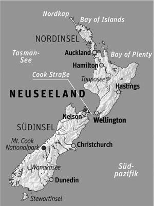 Anreise: Rotorua liegt auf der Nordinsel Neuseelands, in der Region Bay of Plenty. Am besten man reist mit Campervan. Zum Beispiel mit Wilderness Motorhomes (www.wilderness.co.nz). Nach Neuseeland fliegt Air New Zealand täglich von London via Los Angeles. Flüge ab ca. 1400 Euro (Economy) pro Person. In der Economy-Klasse bietet Air NZ neuerdings für Paare eine Sky-Couch an, die sich zu einem Bett umfunktionieren lässt.Unterkunft: Die Koura-Lodge liegt direkt am See Rotorua. Die Zimmer sind mit Maori-Kunst und -Design eingerichtet. Die Zimmer gibt es ab ca. 170 Euro pro Nacht (inkl. reichhaltigem Frühstück).
