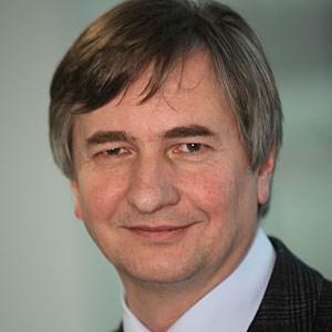 Josef Smolle ist Rektor der Medizinischen Universität Graz und Professor für Neue Medien in der Medizinischen Wissensvermittlung und -verarbeitung.