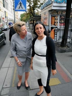 """Die City-Chefin und die Vizebürgermeisterin an der Opernkreuzung: """"Manche Stellen am Ringradweg müssen entschärft werden."""""""