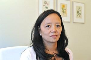 Ching-Ling Tan-Bleinroth ist Ärztin für Allgemeinmedizin, Akupunktur und TCM in Wien und Lehrbeauftragte an der Schule für TCM in Wien.