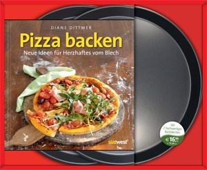 Pizza-Set: Kochbüchlein und zwei Bleche.