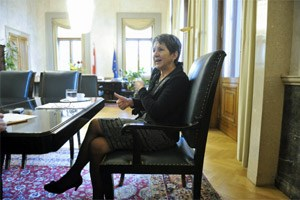 """""""Eine unangenehme Frage"""": Von einem Jobwechsel in die Hofburg will Parlamentspräsidentin Prammer nichts wissen. """"Erstens ist es noch weit hin. Zweitens ist das eine Entscheidung meiner Partei."""""""