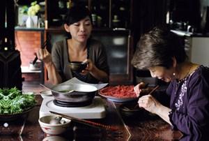 Kaori Endo kocht die Rezepte ihrer Mutter nach.