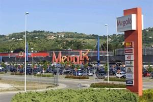 """Das EKZ """"Megaló"""" in Chieti wurde kurz vor der Mapic vom """"European Prime Shopping Centre Fund"""" aufgekauft."""