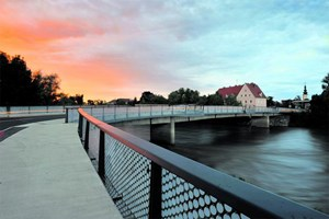 Seit dem Vorjahr verbindet eine neue Brücke über die Mur Bad Radkersburg und das slowenische Gornja Radgona.