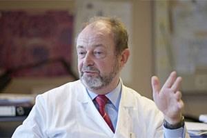 Hans-Georg Kress ist seit 18 Jahren Leiter der Abteilung für Spezielle Anästhesie und Schmerztherapie an der Medizinischen Universität in Wien. Er ist Präsident der Europäischen Schmerzföderation (EFIC), ein Zusammenschluss von 35 anerkannten, nationalen Schmerzgesellschaften in Europa.