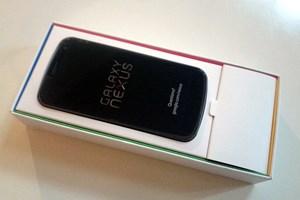 Das Galaxy Nexus frisch aus der Box.