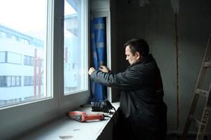 """Und auch die Kamera ist immer griffbereit - hier zur Dokumentation der Arbeiten an der """"Dampfbremse""""."""