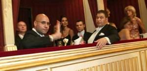 Zum Vergleich: Saif in der Lugner-Loge, Opernball 2006