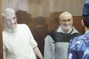 """Michail Chodorkowski zeigt sich in Cyril Tuschis Dokumentarfilm """"Khodorkovsky"""" als gewitzter Mann."""