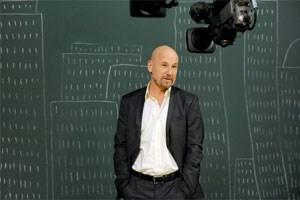 """Roland Düringer bei seinem Auftritt als """"Wutbürger"""" im ORF- """"Donnerstalk"""". Der Mitschnitt wird intensiv verbreitet und diskutiert."""
