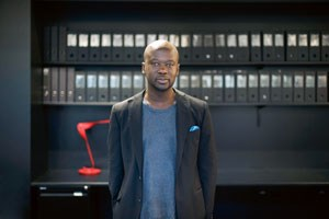 "Der Londoner Shootingstar und ""Designer of the year"" David Adjaye."