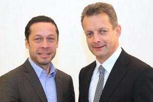 Oskar Obereder (Gründer und Eigentümer von Silver Server) und Alfred Pufitsch (CEO von Tele2 in Österreich)