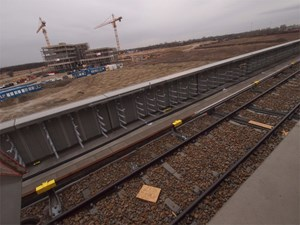 """In unmittelbarer Nähe der neuen U2-Trasse in Donaustadt wurde am Donnerstag die Dachgleiche des Technologiezentrums """"Aspern IQ""""  gefeiert."""