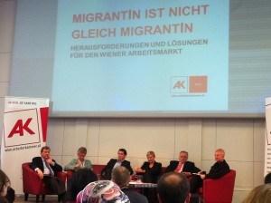 """PolitikerInnen diskutieren am 25. Jänner in der Arbeiterkammer über die Studie """"MigrantIn ist nicht gleich MigrantIn""""."""