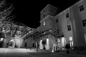Hotel Altes Kloster, Fabriksplatz 1a, 2410 Hainburg a. d. Donau, Tel.: 02165/640 20