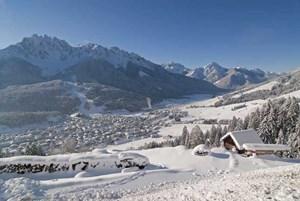 Landschaft um Innichen in Alta Pusteria (www.hochpustertal.info)
