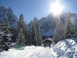 Talschlusshütte im Fischleintal in den Sextner Dolomiten (Alta Pusteria).