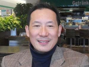 16. Februar 2012: Ding Yi beim Merkur in Stockerau.