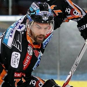 Nach fünfwöchiger Verletzungspause kehrte Pat Leahy in die erste Angriffslinie der Black Wings Linz zurück.
