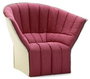 """Ihr Sessel aus der Reihe """"Moël"""" (für Ligne Roset)."""