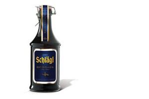 Immer mehr Brauereien leisten es sich, Biere zu brauen, die eben nicht so schmecken, wie es jedermann erwartet. Begonnen haben kleine und sehr kleine Brauereien - die Stiftsbrauerei von Schlägl zum Beispiel, die bereits vor 20 Jahren ein Roggenbier auf den Markt gebracht hat.