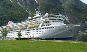 Die Balmoral wird die exakt selbe Route noch einmal befahren.Informationen: Titanic Memorial Cruise
