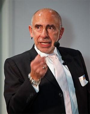 Mario Garcia beschwor in seiner Keynote die anwesenden Agenturvertreter, Veränderungen zu wagen und in eine starke Mobile-Strategie zu investieren.