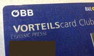 Die ÖBB-Vorteilscard für Journalisten kostet 49,50 Euro. Damit gibt es 50 Prozent Fahrpreisermäßigung und kostenloses Upgrade in die 1. Klasse.