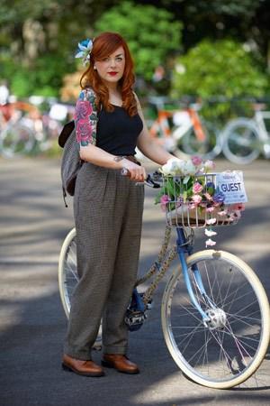 """>>>Zur Ansichtssache: Ein Blick in das Buch """"Cycle Style"""""""