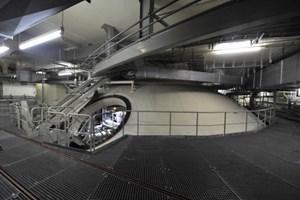 Reaktorbehälter: Der Sicherheitsbehälter hat einen Durchmesser von 26 Metern und eine Höhe von 36 Metern.
