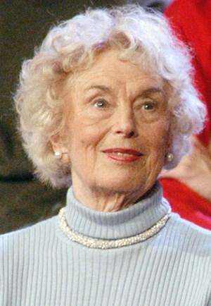 """Ilse Buck, die """"Vorturnerin der Nation"""", ist im Alter von 89 Jahren gestorben."""