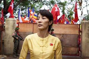 Für Michelle Yeoh ist der Part der burmesischen Friedensnobelpreisträgerin Aun Sang Suu Kyi eine Lebensrolle: Den französischen Regisseur Luc Besson hat sie dafür gewinnen können.