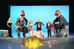 """Das Salzburger Marionettentheater lässt seine Puppen auch auf Facebook tanzen, hier: """"Der Ring der Nibelungen""""."""