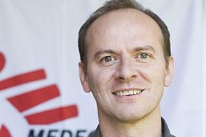 Julien Potet von Ärzte ohne Grenzen setzt sich für die vergessenen Krankheiten ein.