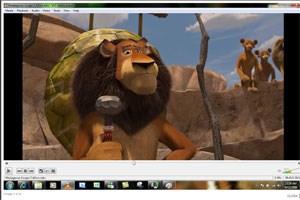 Der VLC-Player spielt DVDs von Haus aus ab, unter Windows 8 müssen Nutzer zusätzliche Software installieren.