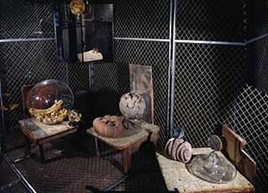 zerst ren wieder aufbauen wieder zerst ren kunst und kultur alltag. Black Bedroom Furniture Sets. Home Design Ideas